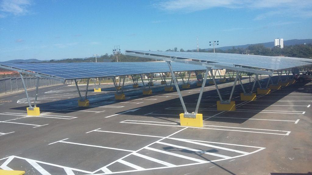 Estacionamientos solares, oportunidad para grandes espacios