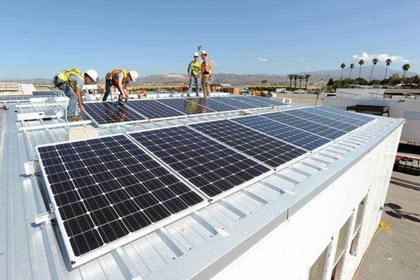 De Motores eléctricos y energía solar