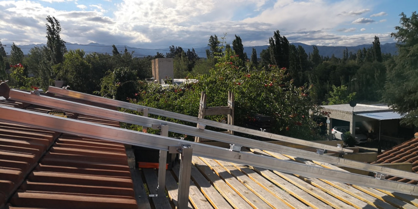 Pergola y Techo en Lujan De Cuyo Mendoza -Instalación Solar